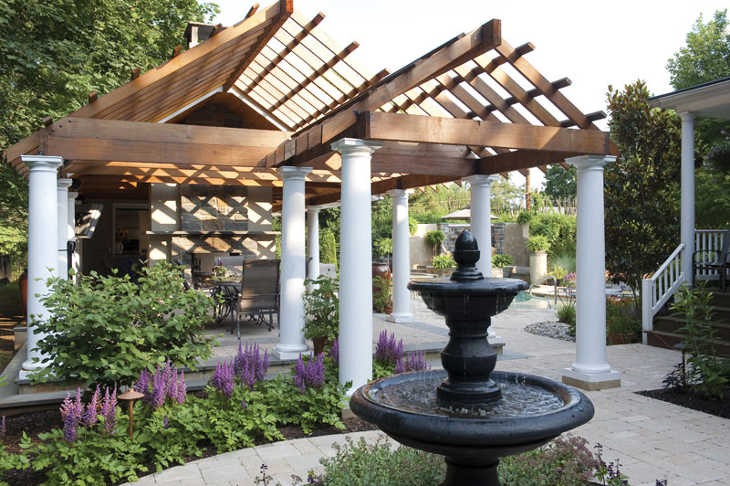 House of Gaspers http://luxurylandscapes.com/professionals/gasper-landscape-design-construction